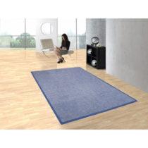 Modrý koberec Bios Liso, 140×200cm