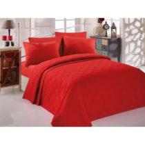 Červený bavlnený pléd cez posteľ na jednolô&...