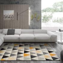 Sivý koberec Universal Leo Triangles, 140 × 200 cm