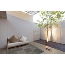 Sivý vysokoodolný koberec vhodný do exteriéru Floorita Quadrotta...