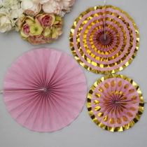 Sada 3 fialových papierových dekorácií Neviti Pinwheel