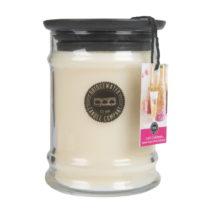 Sviečka v sklenenej dóze s vôňou jahôd a zimolezu Cre...